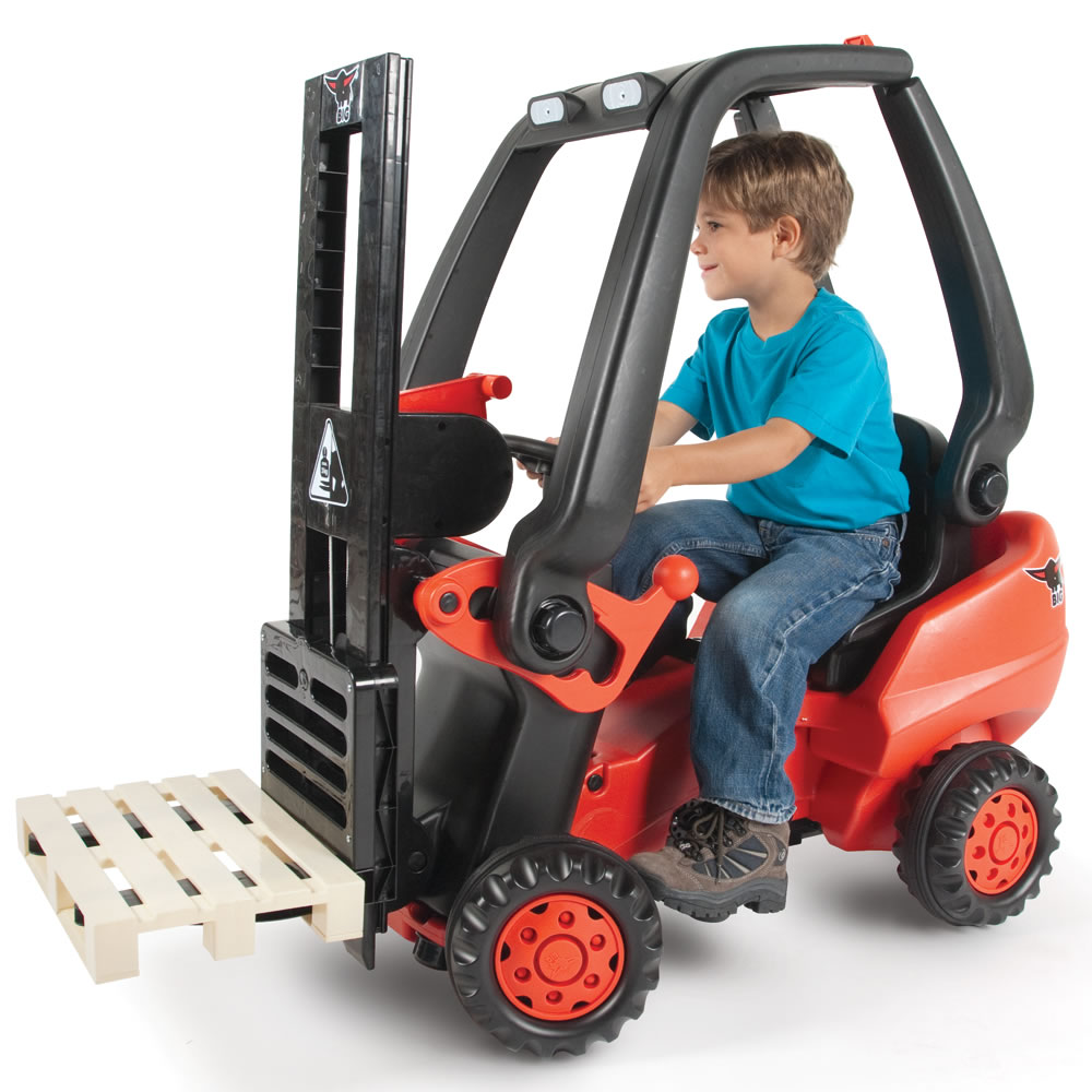 Cool Riding Toys For Boys : The working pedal powered forklift hammacher schlemmer