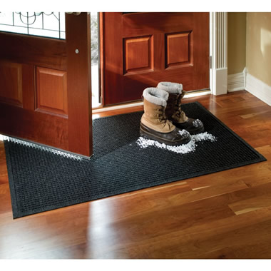 The 12 Pint Absorbing Low Profile Door Mat (3'x5').