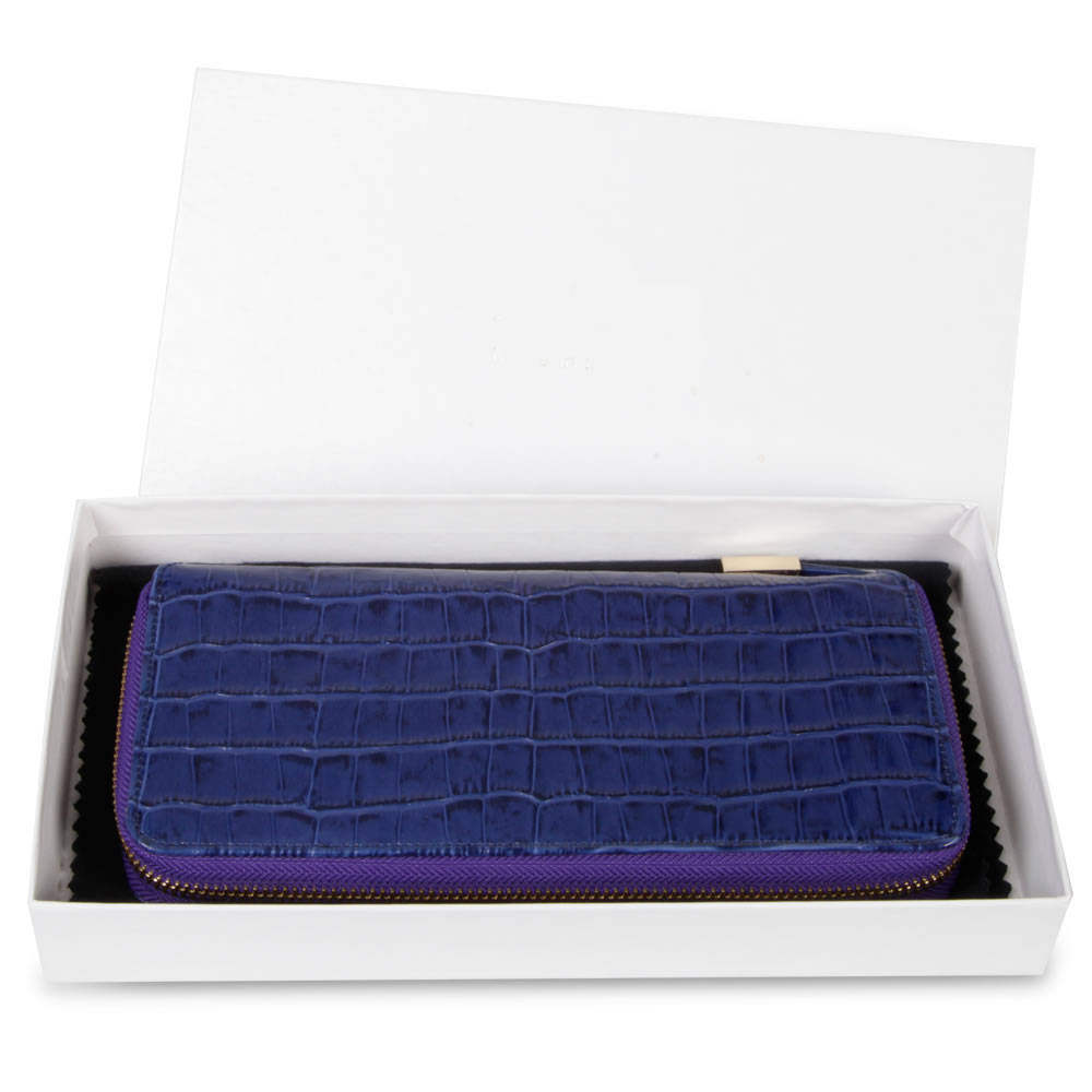 The Lady's Italian Leather Wallet (Crocodile Skin Pattern) 3