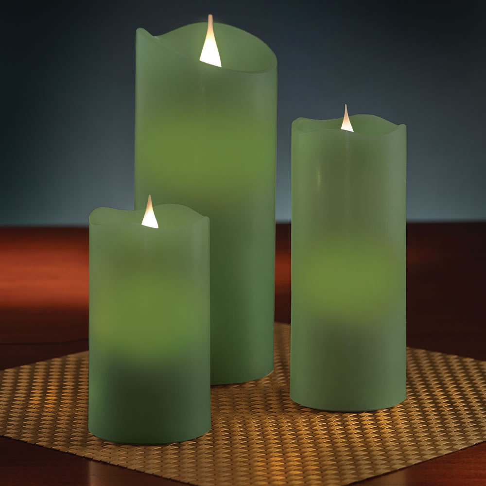The Most Realistic Flameless Candle 3