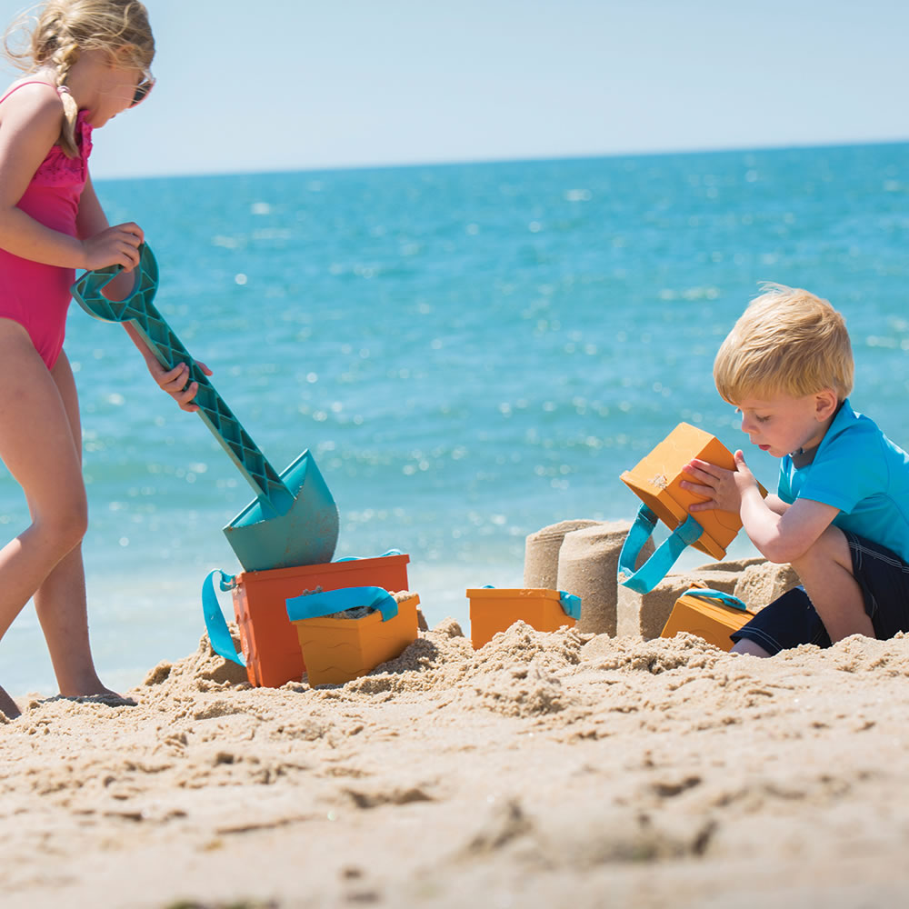 The Personalized Sand Castle Building Tote 3