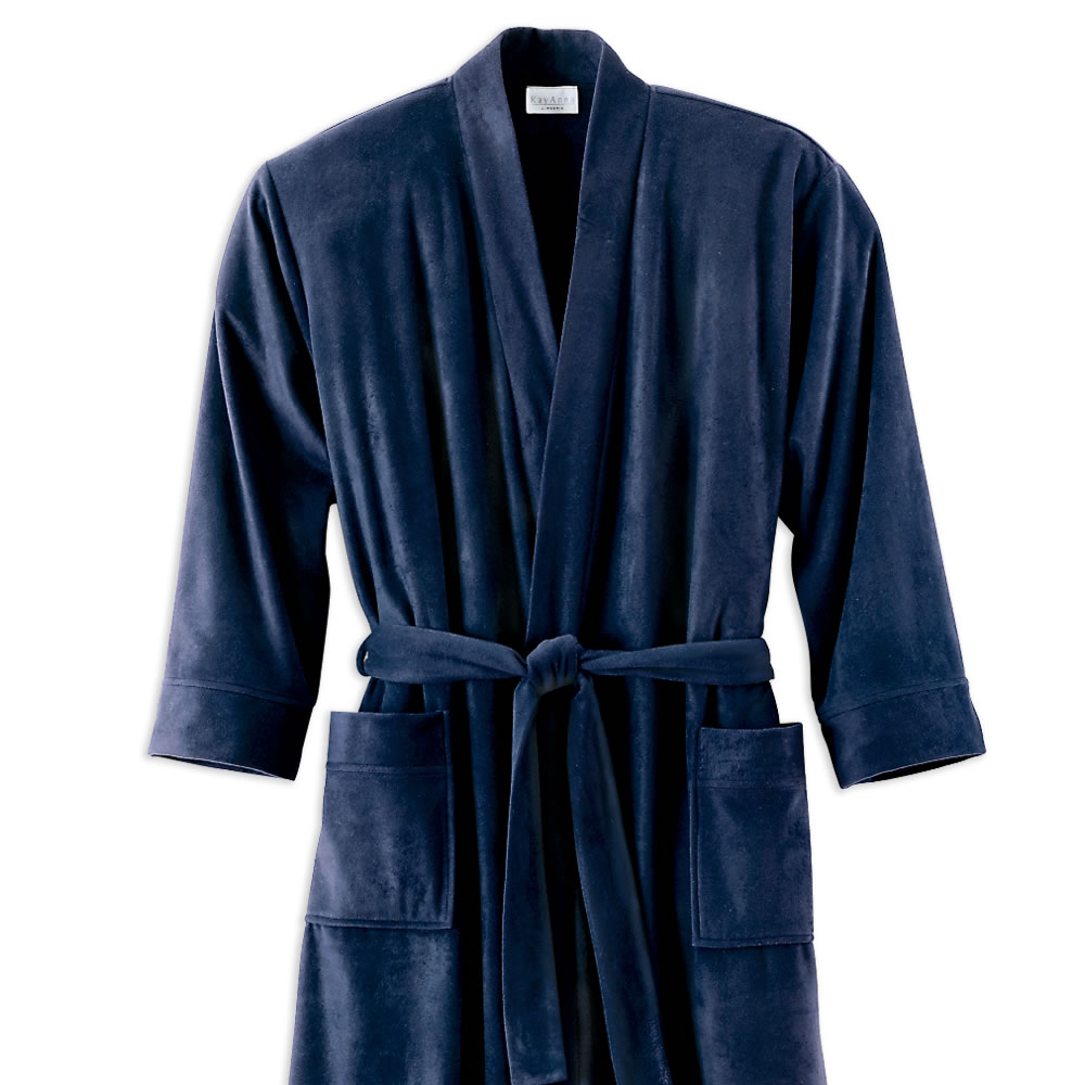 The Lightweight Travel Robe 2