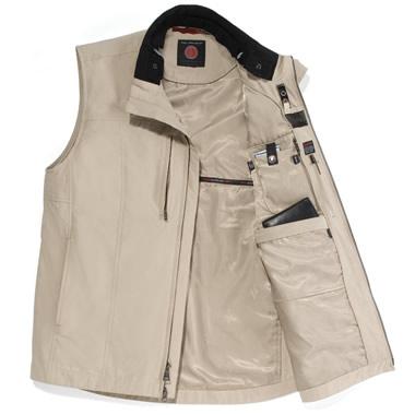 The 22 Pocket Travel Vest.