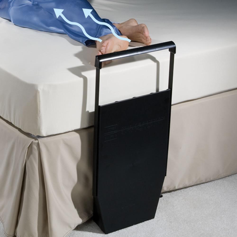 Cooling Fan To Sleep : The personal between sheets bed fan hammacher schlemmer