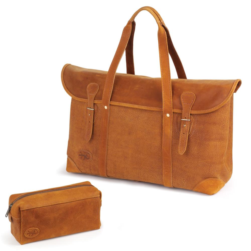 The Camel Leather Weekend Bag - Hammacher Schlemmer
