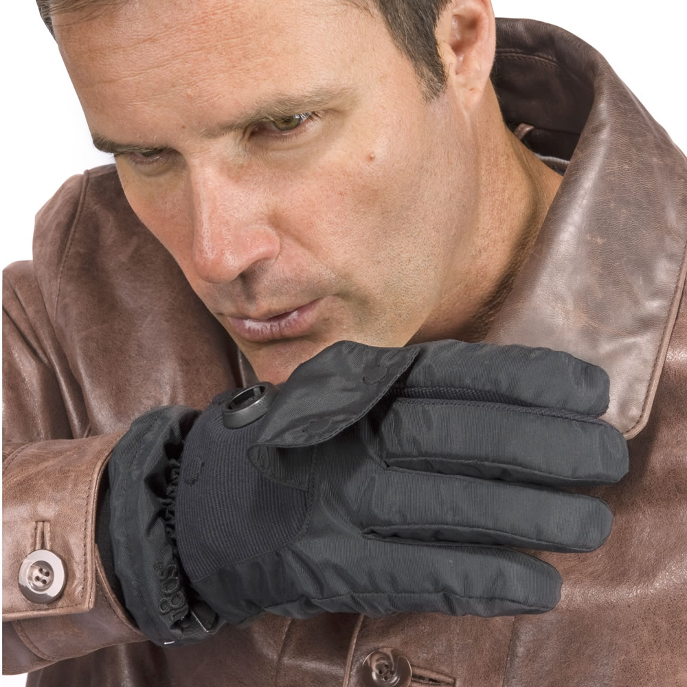 The Exhale Heated Gloves 2