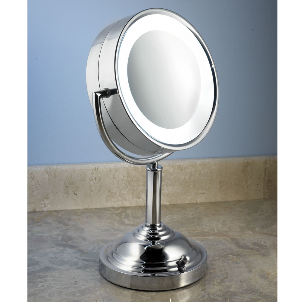 the natural daylight vanity mirror hammacher schlemmer. Black Bedroom Furniture Sets. Home Design Ideas