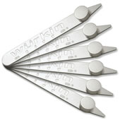 The Magnetic Collar Stays.