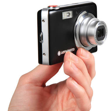 The Touchscreen Shirtpocket Camera