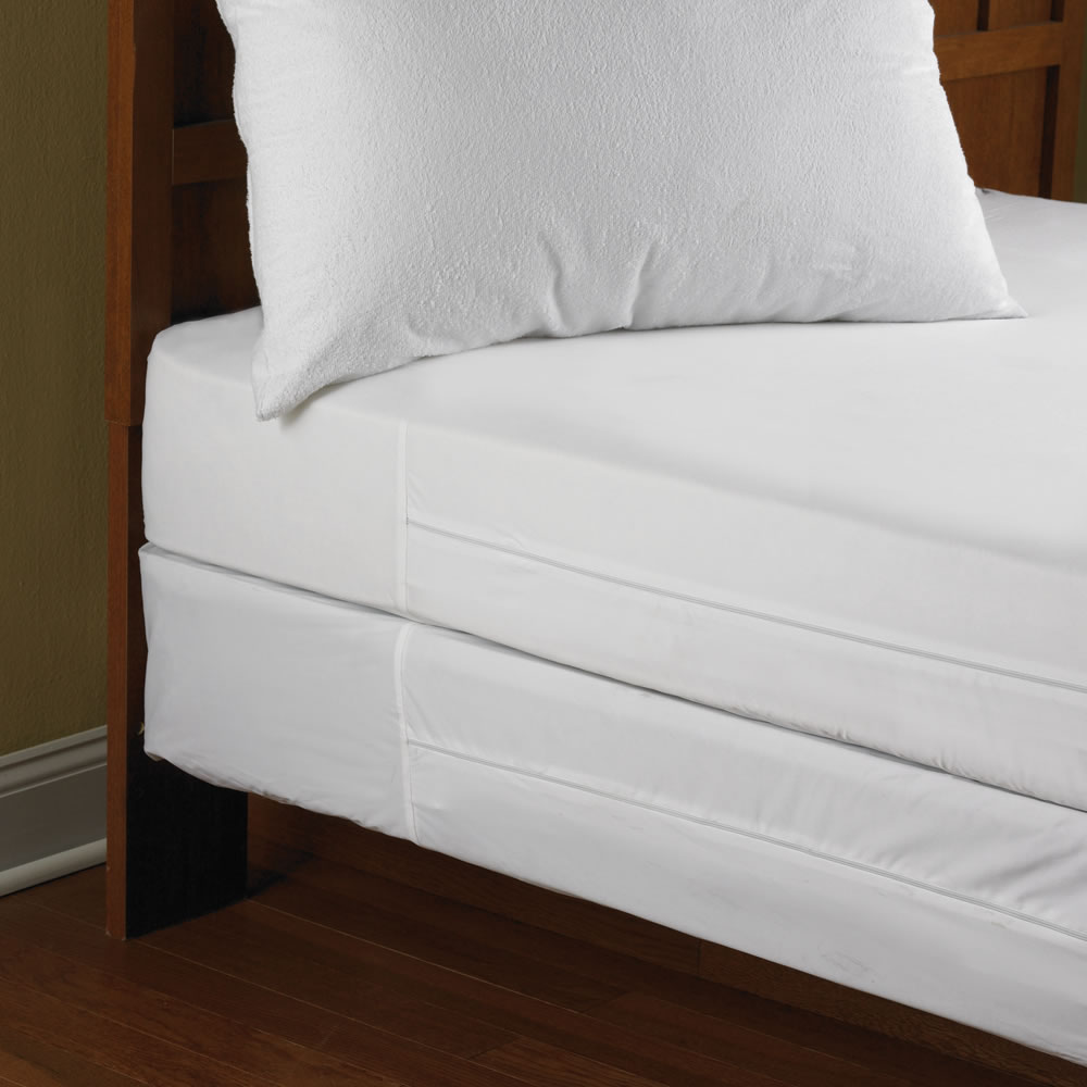 The Bed Bug Impenetrable Mattress Encasements Hammacher