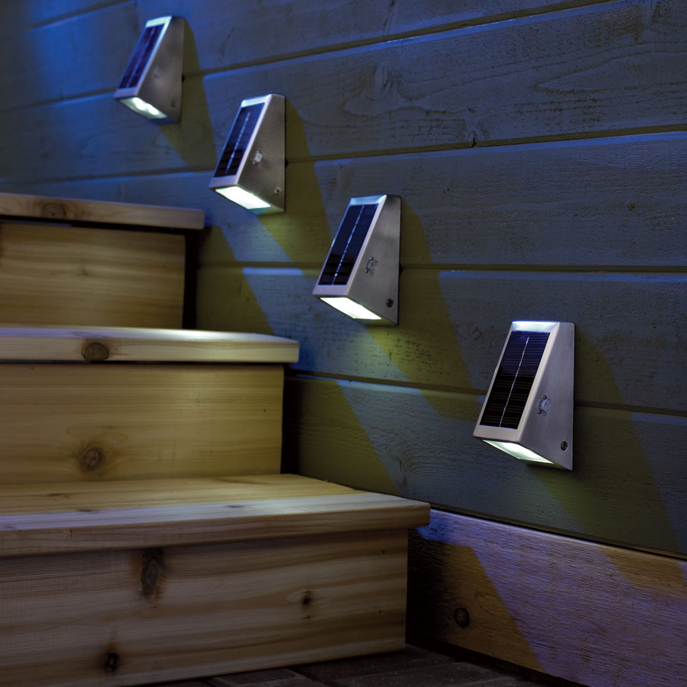 The Solar Stairway Light 2