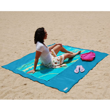 The Two-Person Sandless Beach Mat.