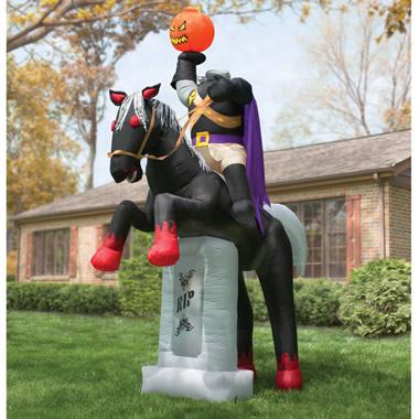 The 12' Inflatable Headless Horseman.