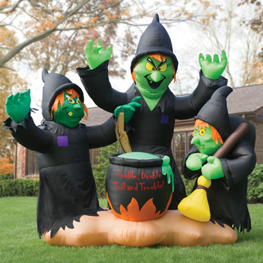 The 10-Foot Macbeth's Witches.