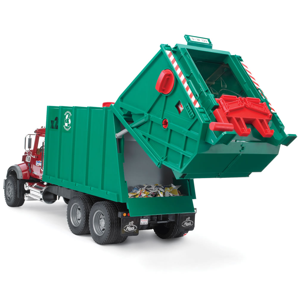 The Working Recycling Truck 2