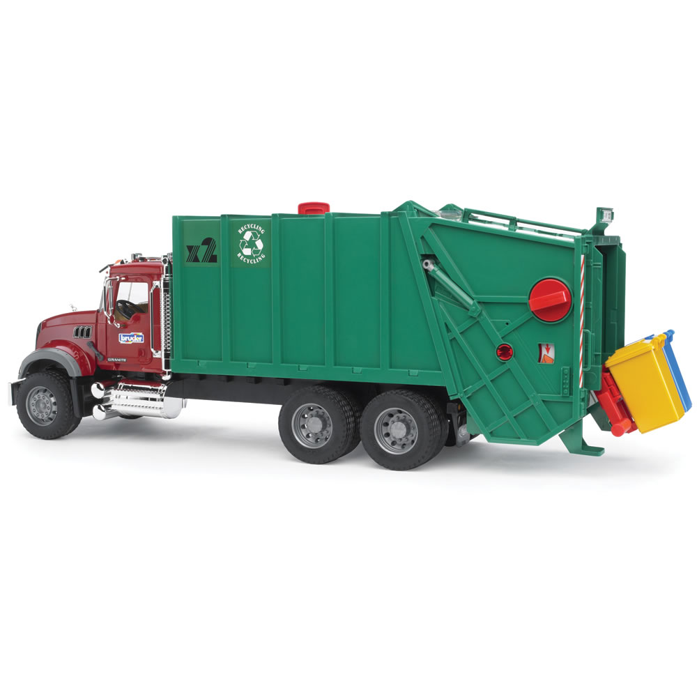 The Working Recycling Truck 1