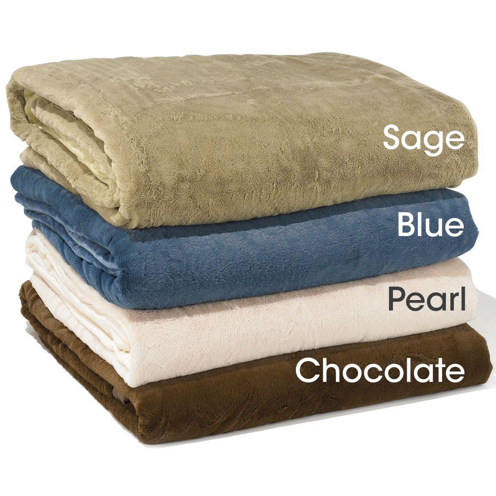 The Warmer Than Down Plush Blanket (Full/ Queen)3
