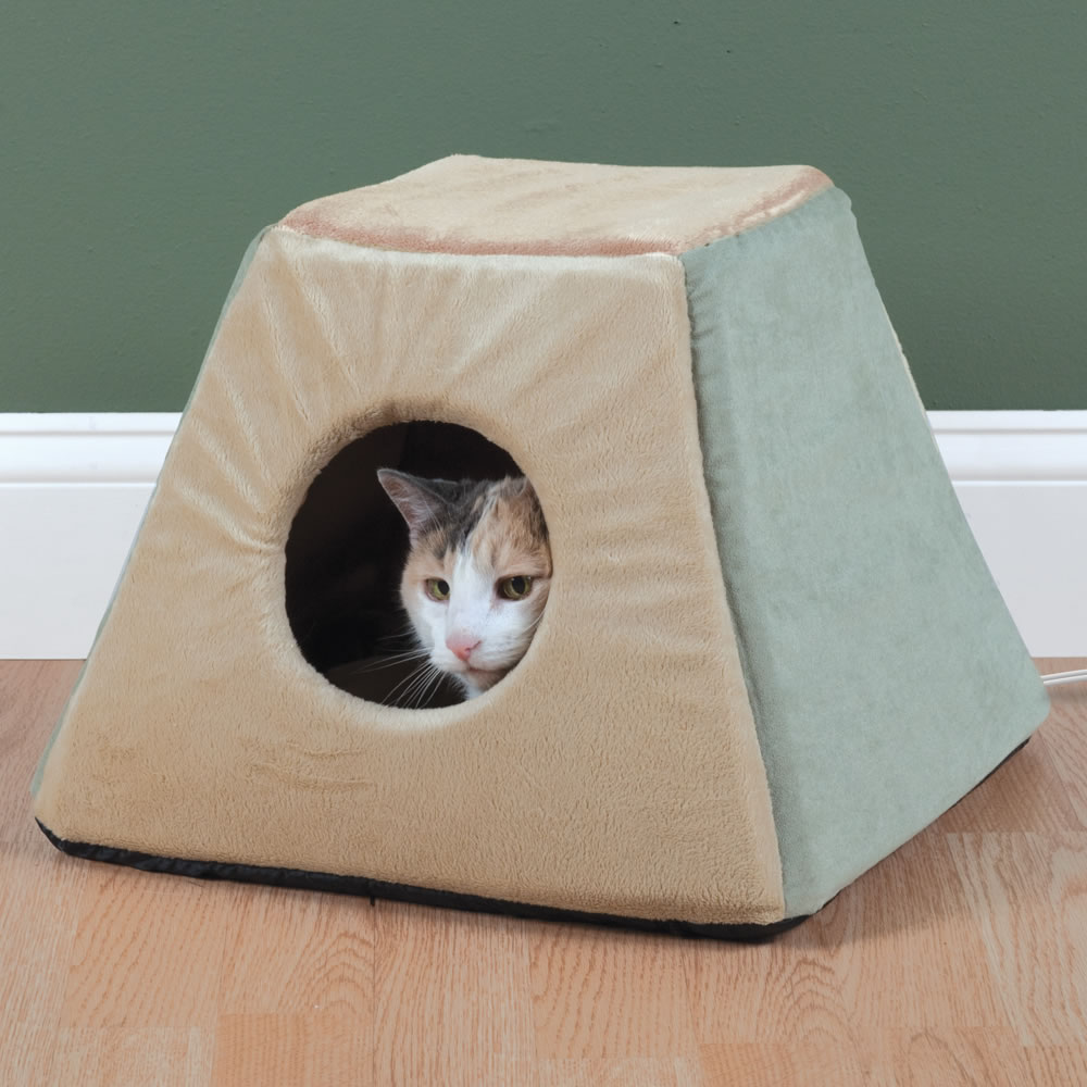 The Best Heated Cat Bed 1