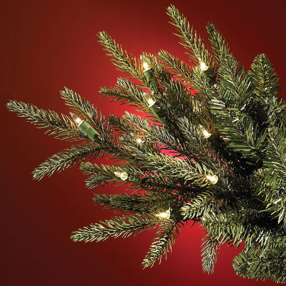 The World's Best Prelit Fraser Fir <strong>(7 5' Slim)  </strong>2