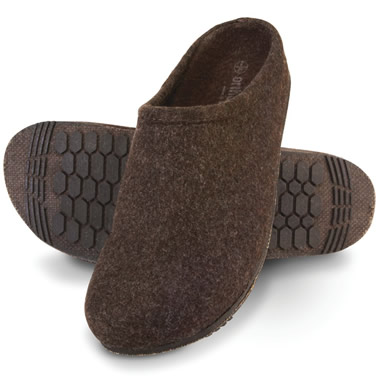 The Gentleman's Plantar Fasciitis Slippers.