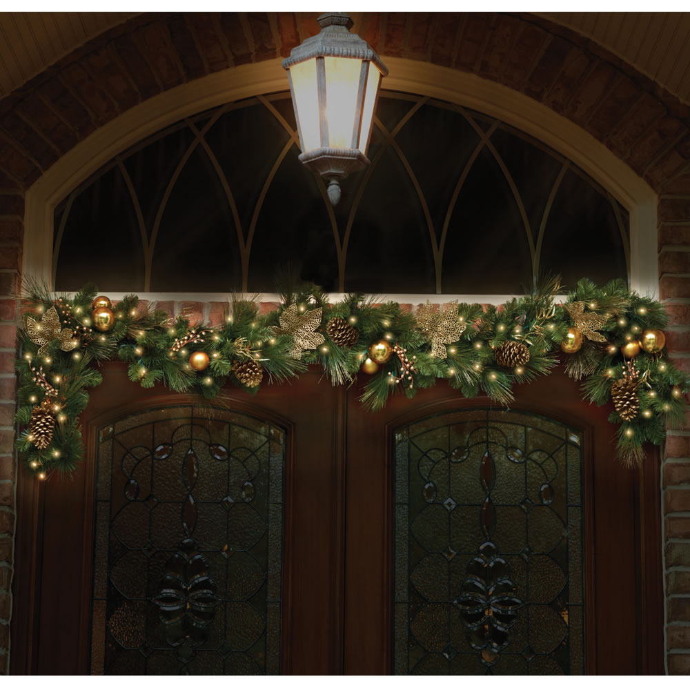 CHRISTMAS GARLAND 9x12 Dia PRE LIT DECORATED Indoor
