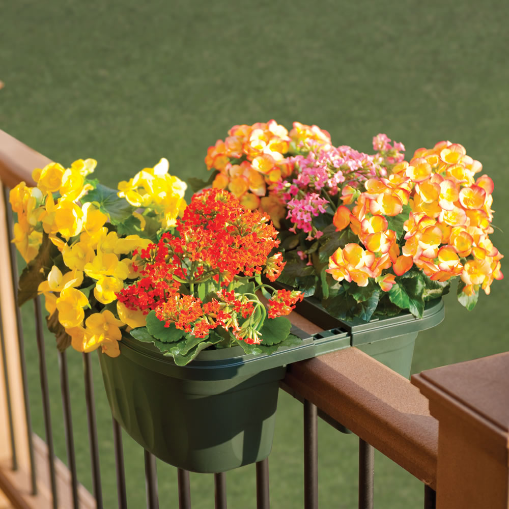 The Adjustable Balcony Rail Planter 1