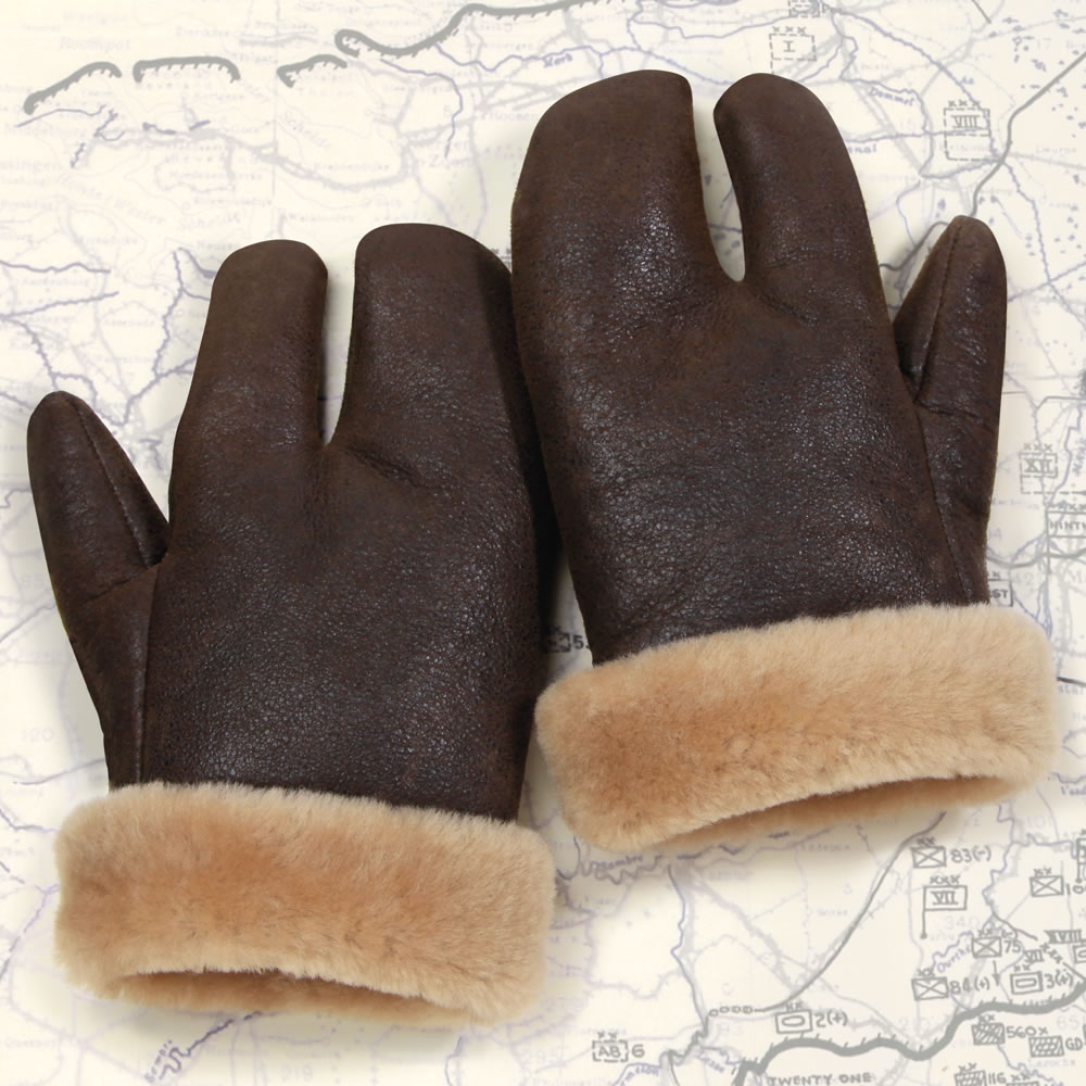 The Flying Fortress Gunner's Gloves 1