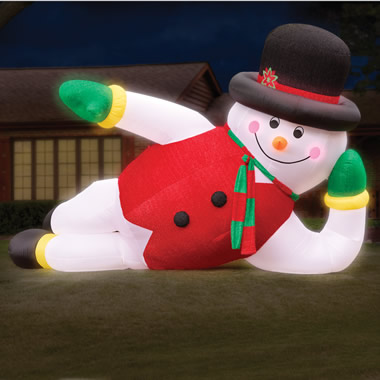 The 20' Inflatable Snowman.