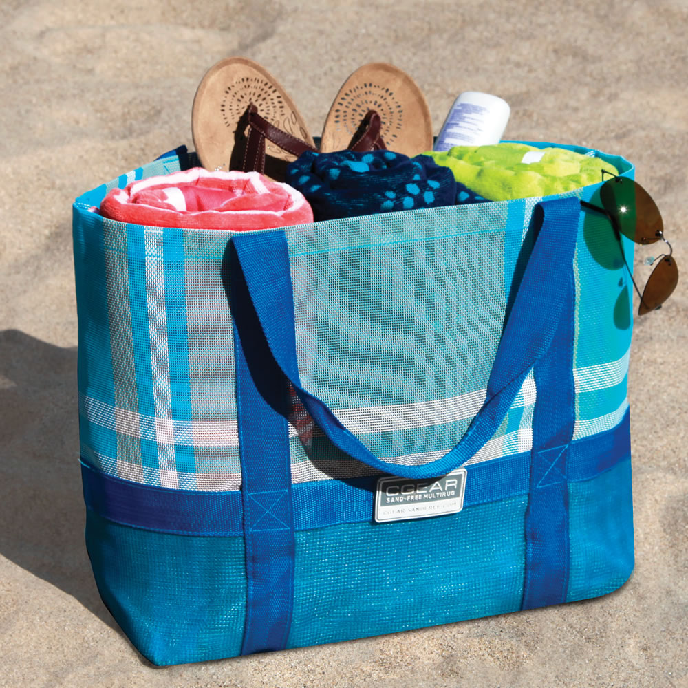 The Sandless Beach Tote - Hammacher Schlemmer