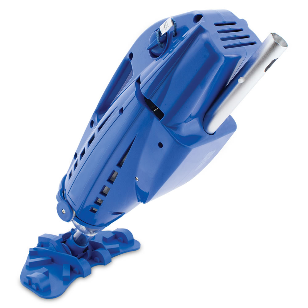 The Hoseless Pool Vacuum 3