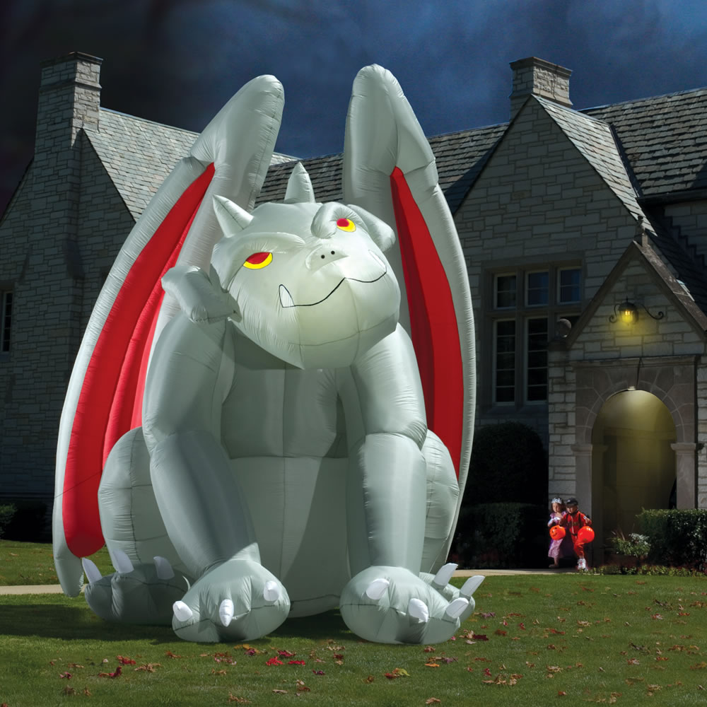 Outdoor inflatable halloween decorations - Giant Inflatable Halloween Gargoyle