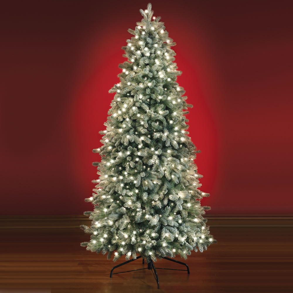 The Most Realistic Flocked Prelit Spruce <strong>(7 5' Full) </strong>1