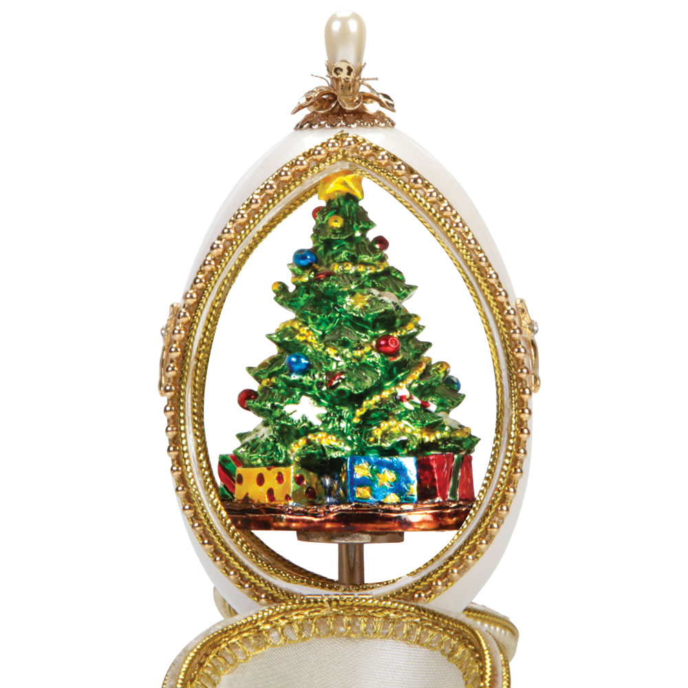 The Authentic Goose Egg Tannenbaum Music Box 3