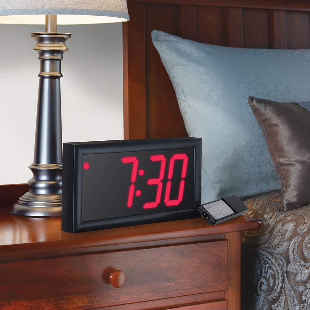 The Giant Display Alarm Clock1