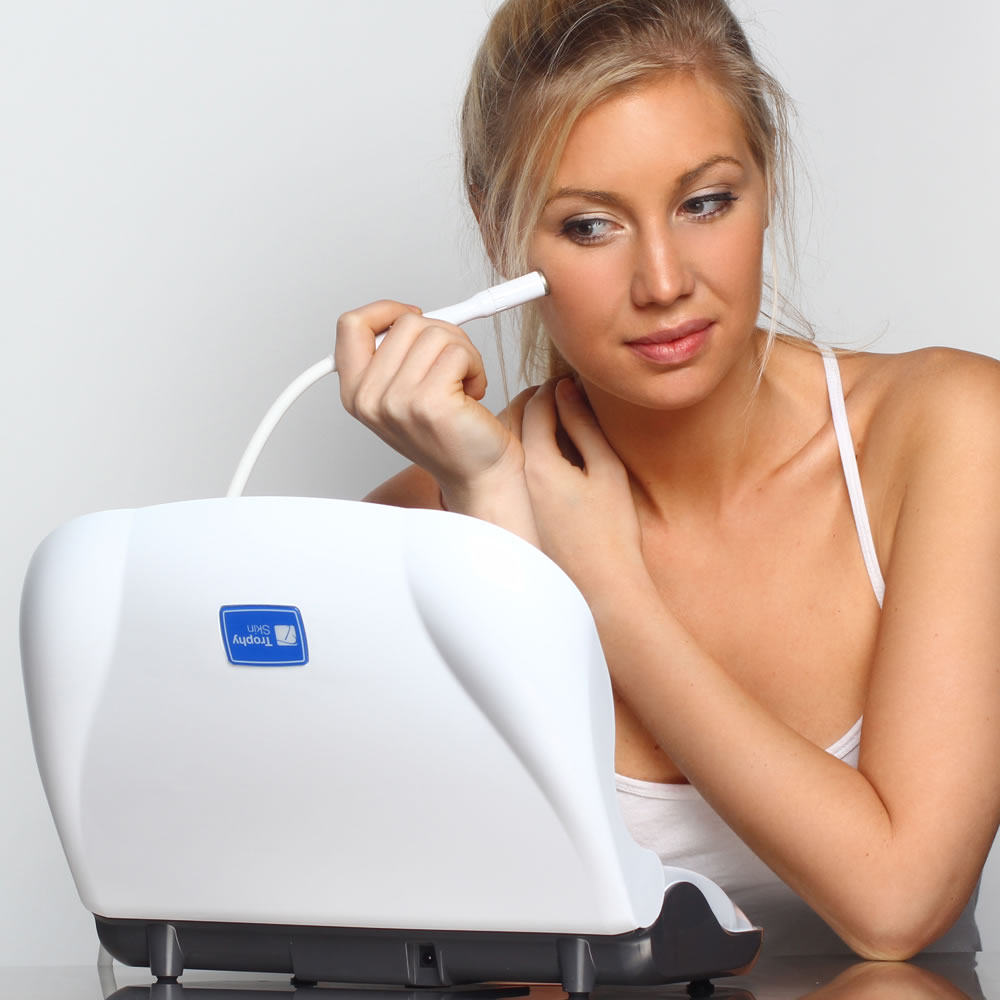 The Pore Cleaning Microdermabrasion System2