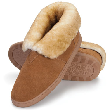 The Gentlemen's Australian Sheepskin Indoor/Outdoor Booties.