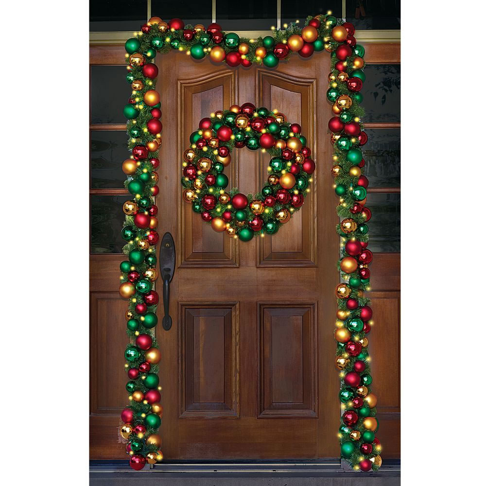 The Ornament Ball Cordless Prelit Wreath 2