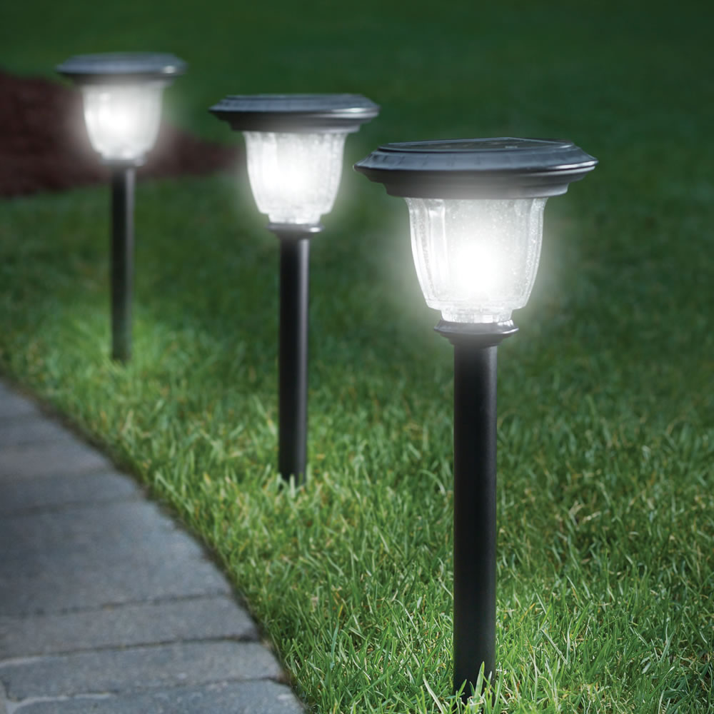 Solar Garden Lights 4 Lights price in Pakistan at SymbiosPK