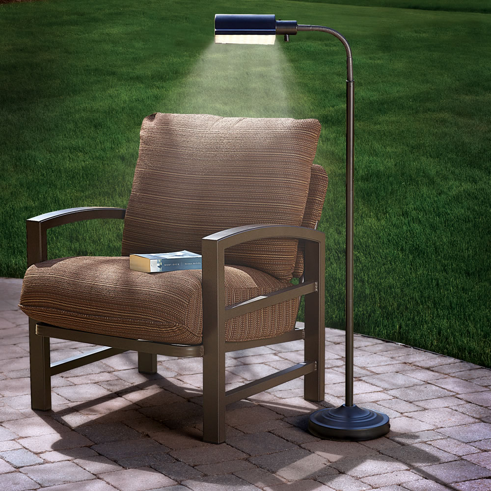 the cordless outdoor reading lamp hammacher schlemmer. Black Bedroom Furniture Sets. Home Design Ideas