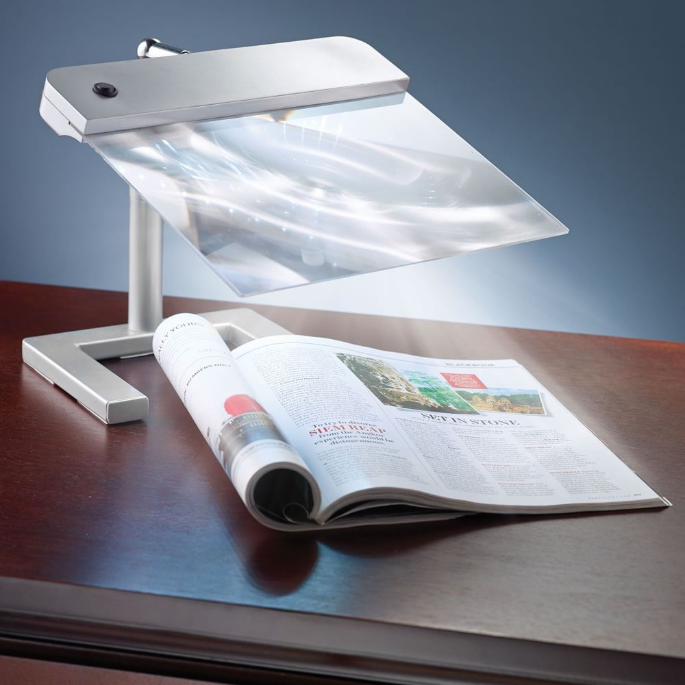 The Page Illuminating Cordless Magnifier 2