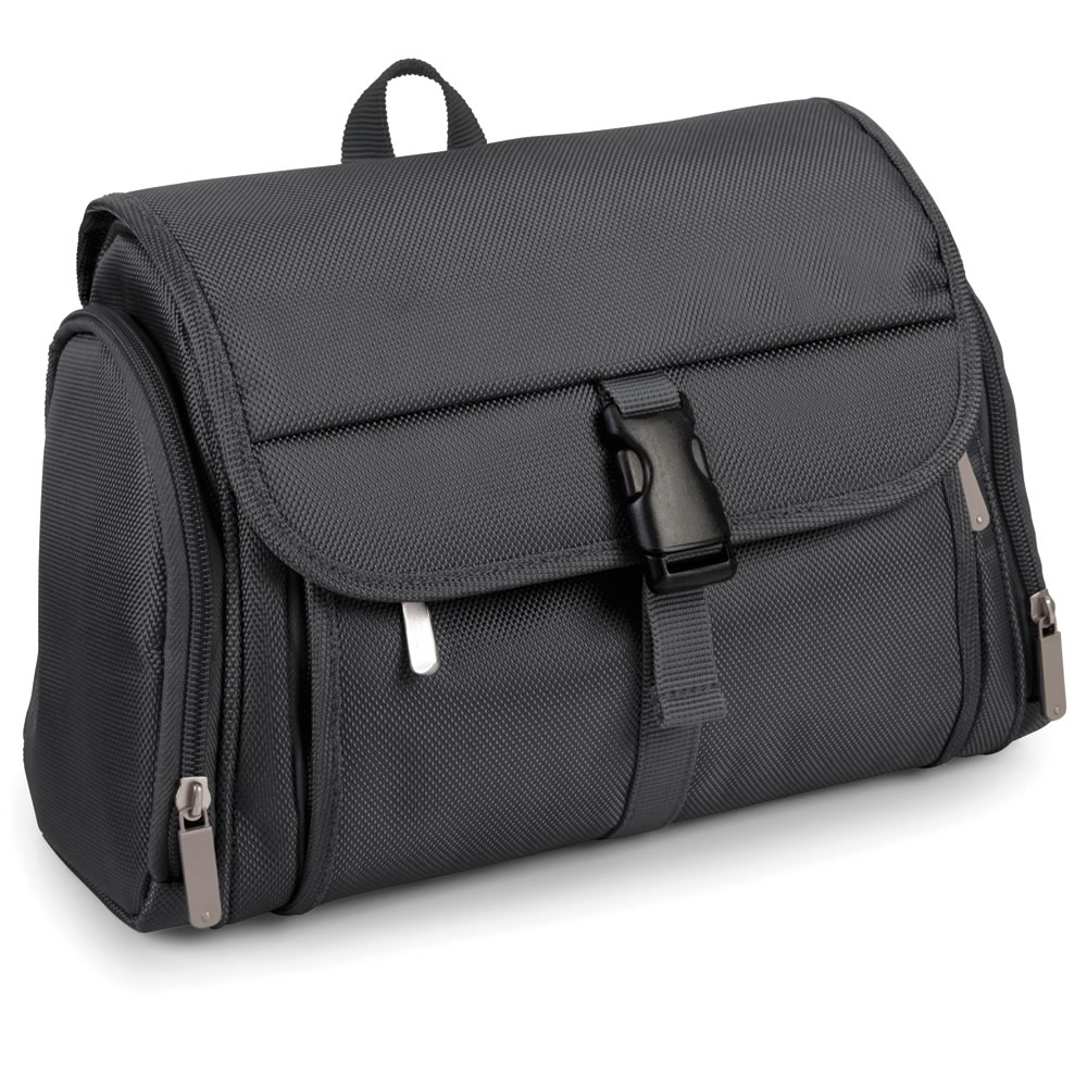The Gentleman's Superior Toiletry Bag 2