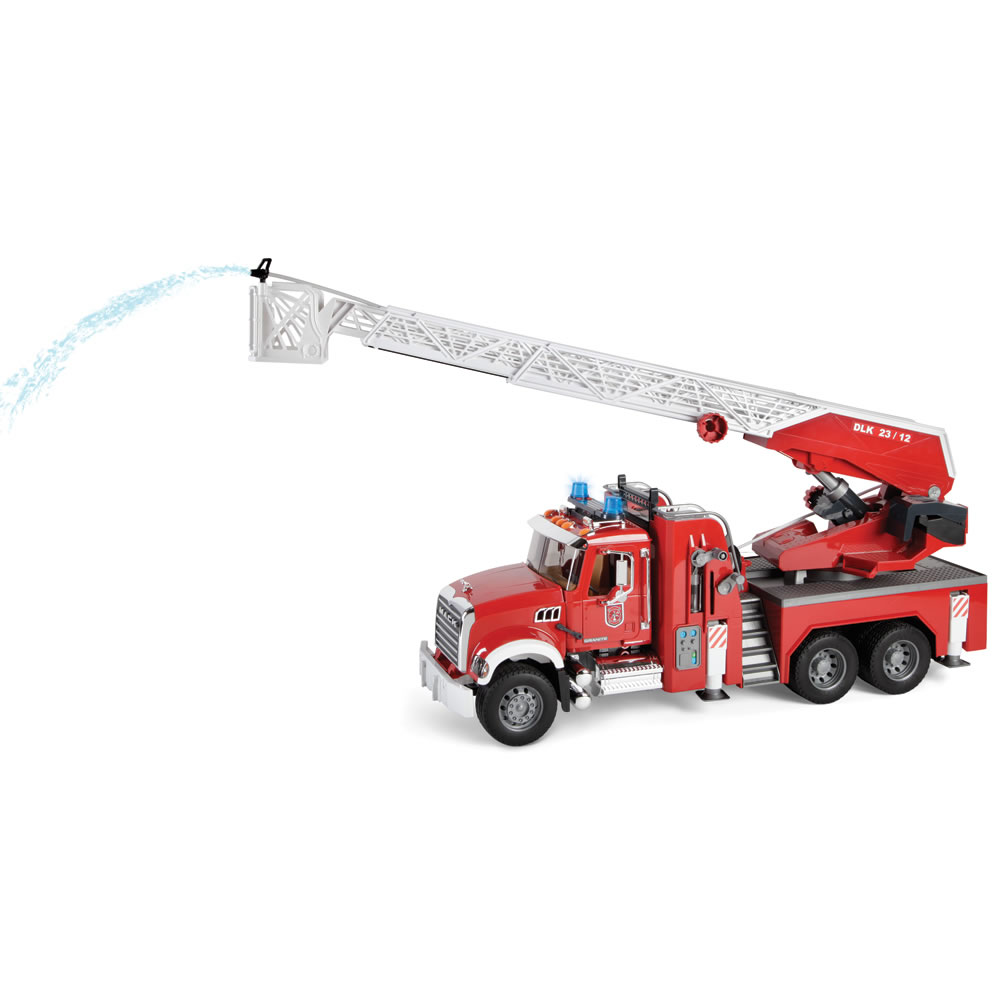 The Water Spraying 3 1/2 Foot Ladder Fire Engine 2