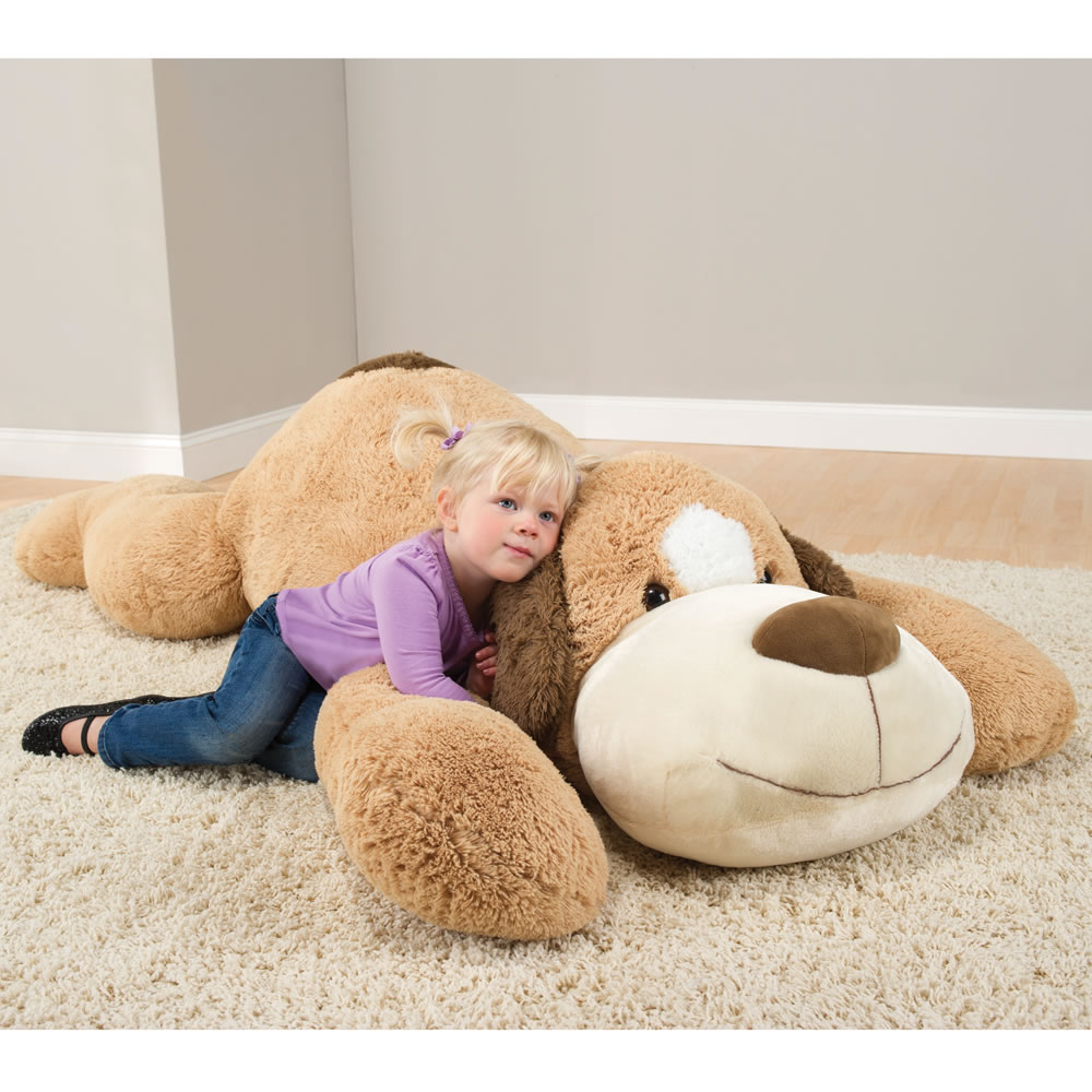 The 6 Foot Plush Puppy 1