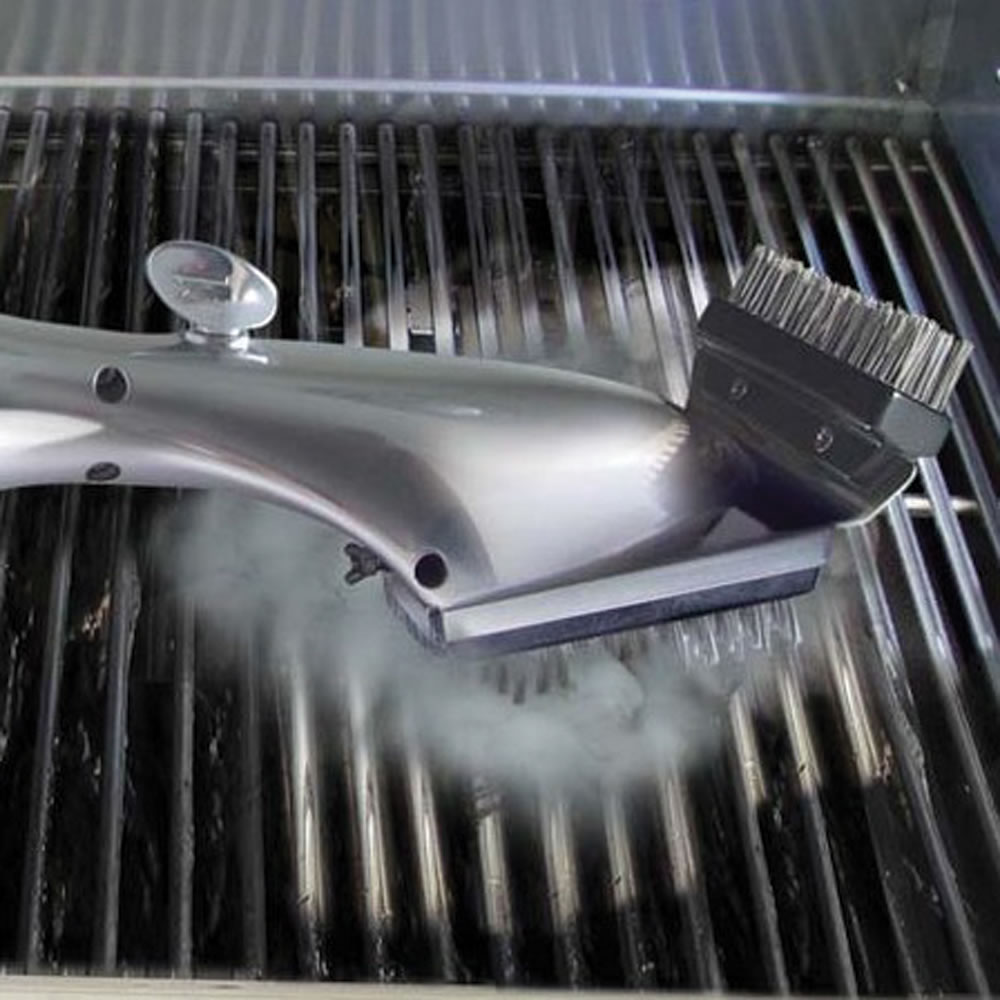 The Steam Cleaning Grill Brush 1