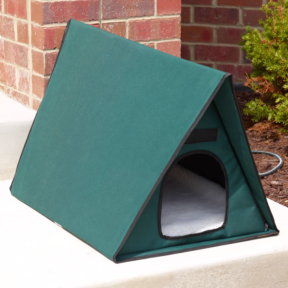 The Only Multiple-Cat Outdoor Heated Shelter 2