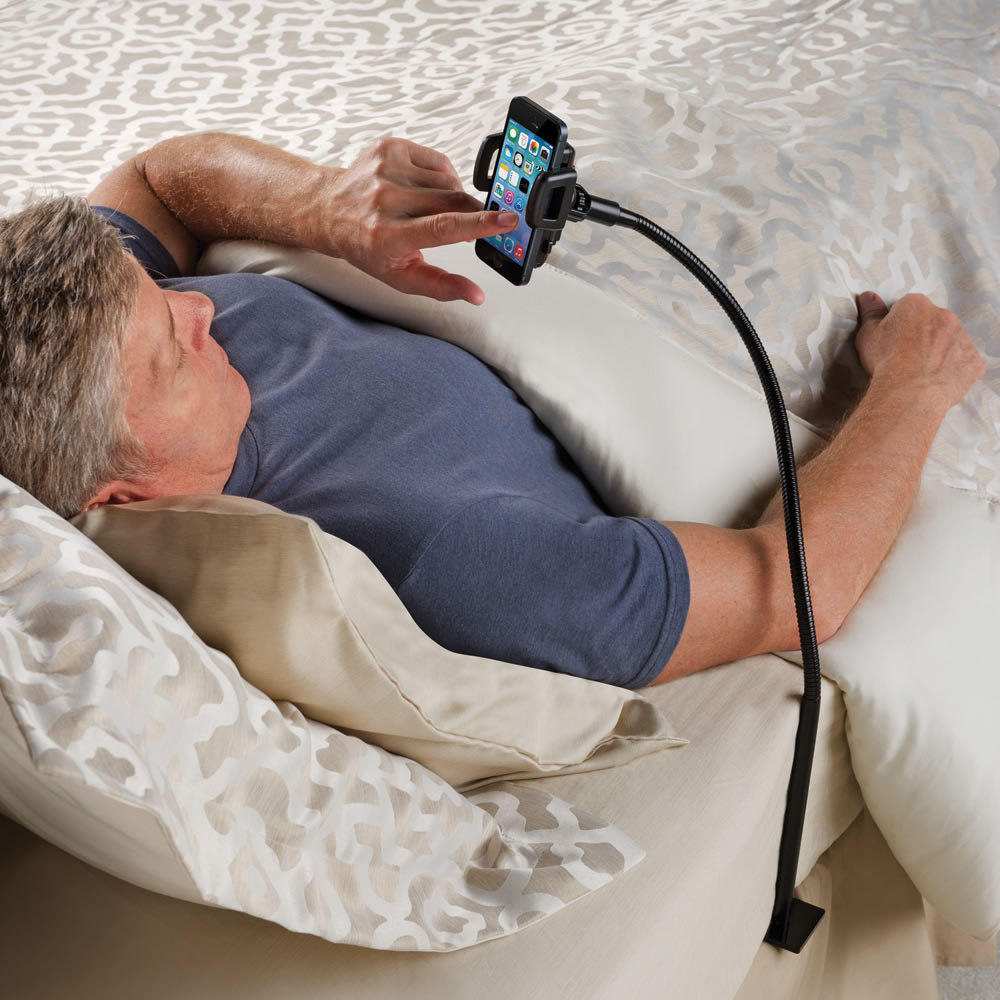 The Bedside Smartphone Stand 1