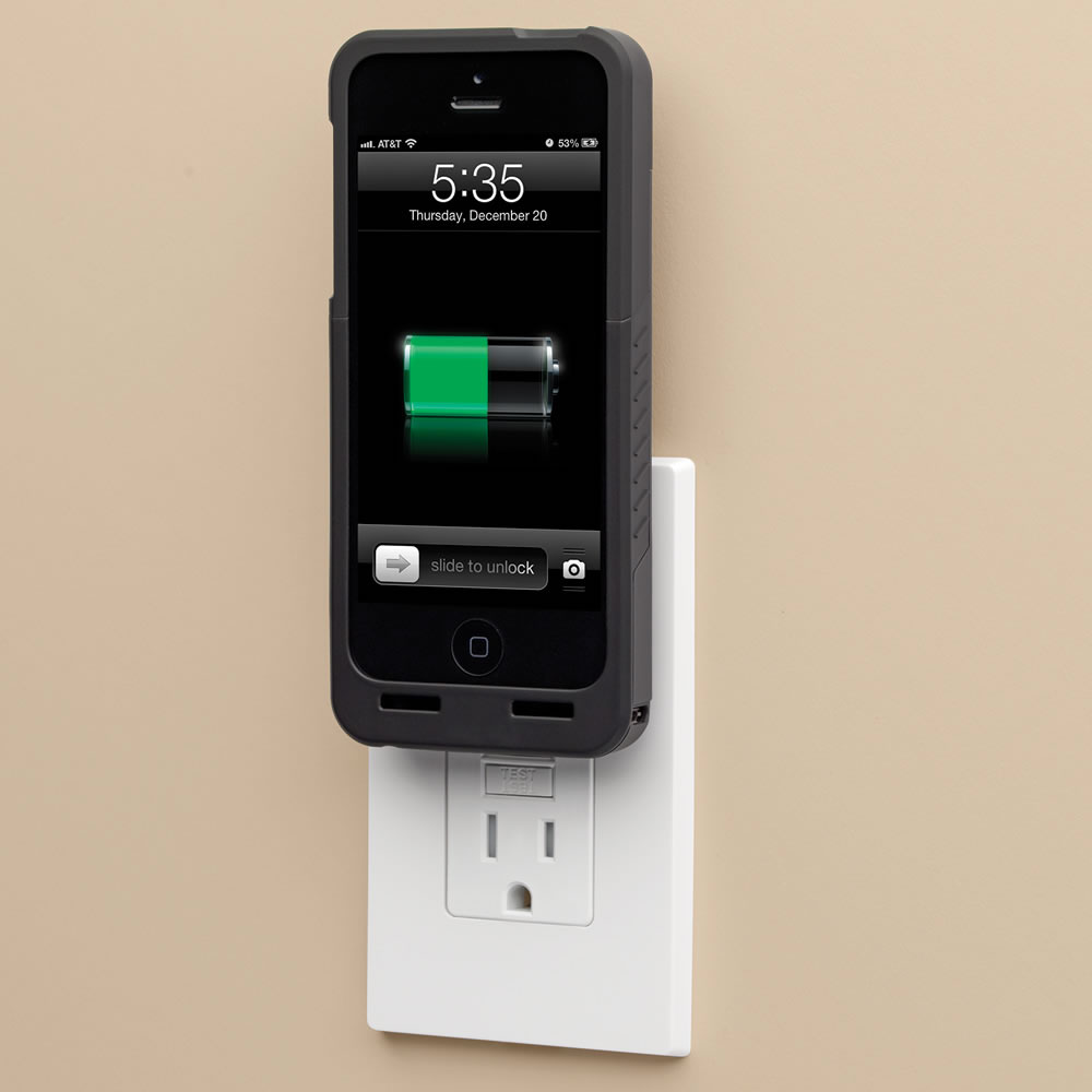 The Cordless iPhone 5/5s Charging Case 3
