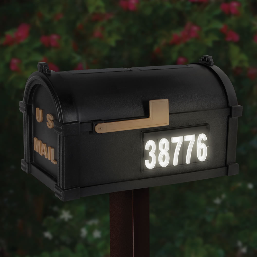 The Solar Illuminated Address Mailbox 2
