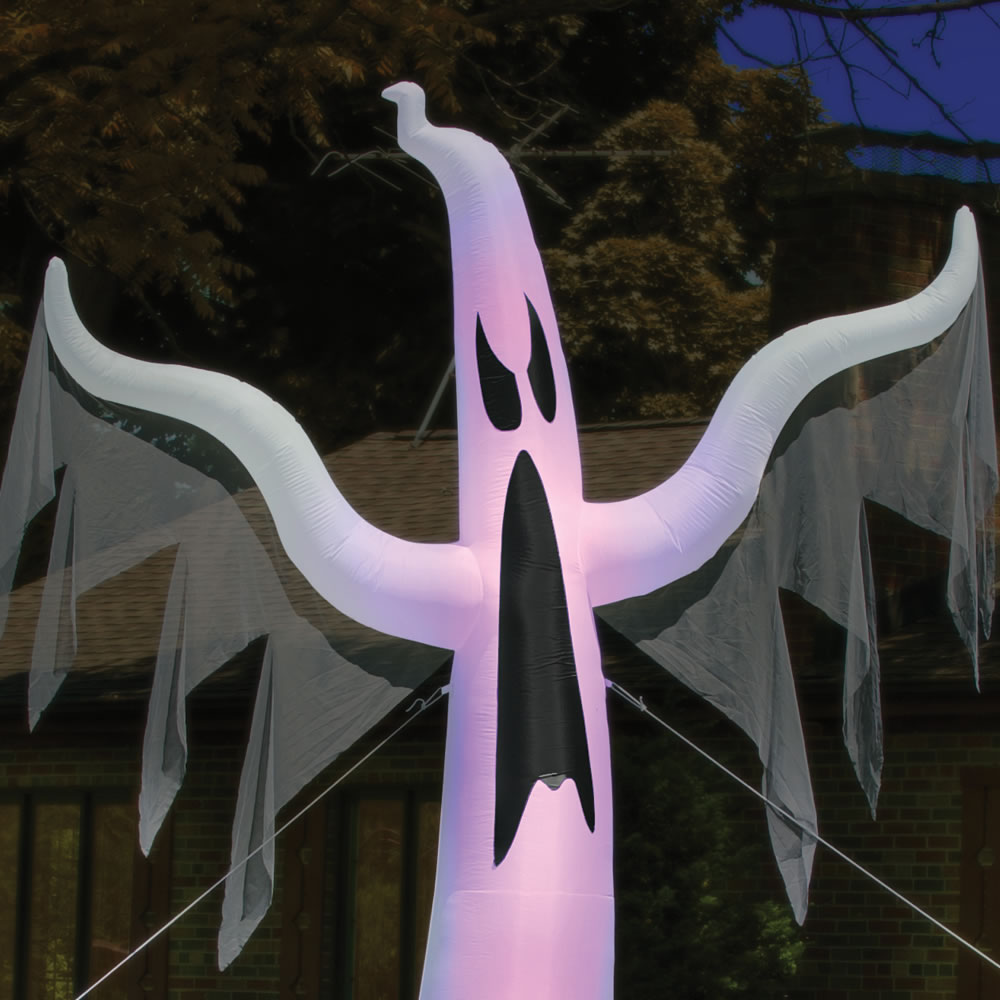 The 15' Inflatable Apparition 2