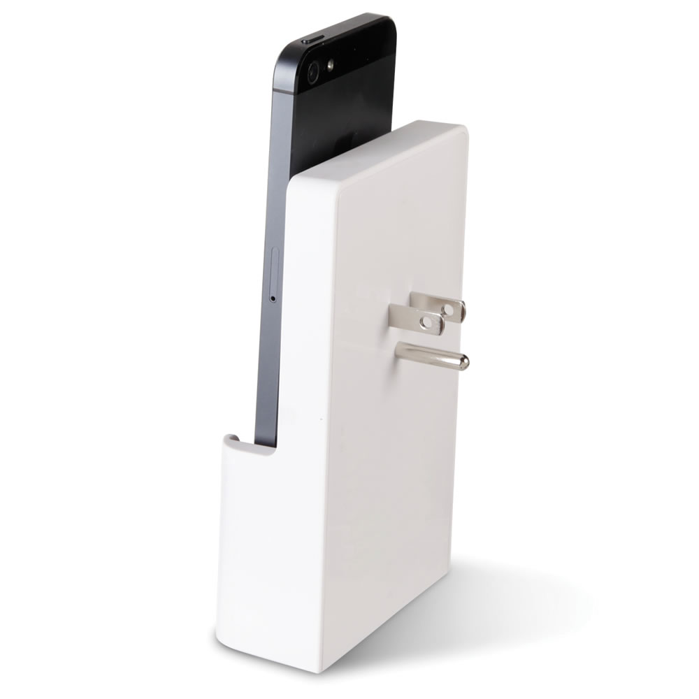 The iPhone 5 Outlet Charging Dock 2